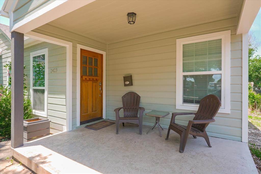 2423 Wentworth  Street, Dallas, Texas 75211 - Acquisto Real Estate best mckinney realtor hannah ewing stonebridge ranch expert