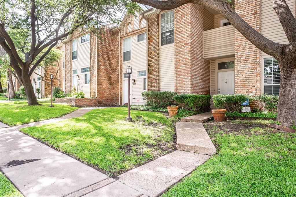 6303 Prospect  Avenue, Dallas, Texas 75214 - Acquisto Real Estate best plano realtor mike Shepherd home owners association expert