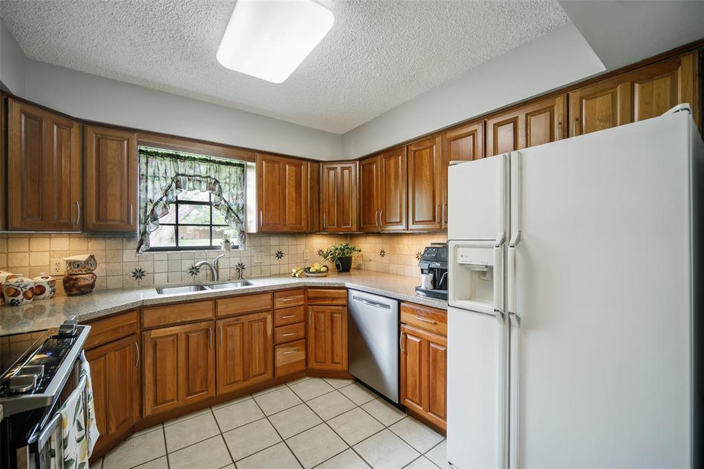 210 Mesa  Drive, Sunnyvale, Texas 75182 - acquisto real estate best listing listing agent in texas shana acquisto rich person realtor