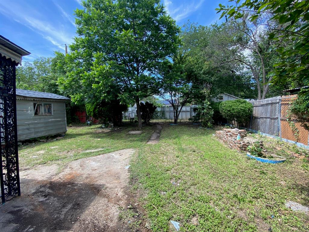 403 Drew  Street, Fort Worth, Texas 76110 - acquisto real estate best listing listing agent in texas shana acquisto rich person realtor