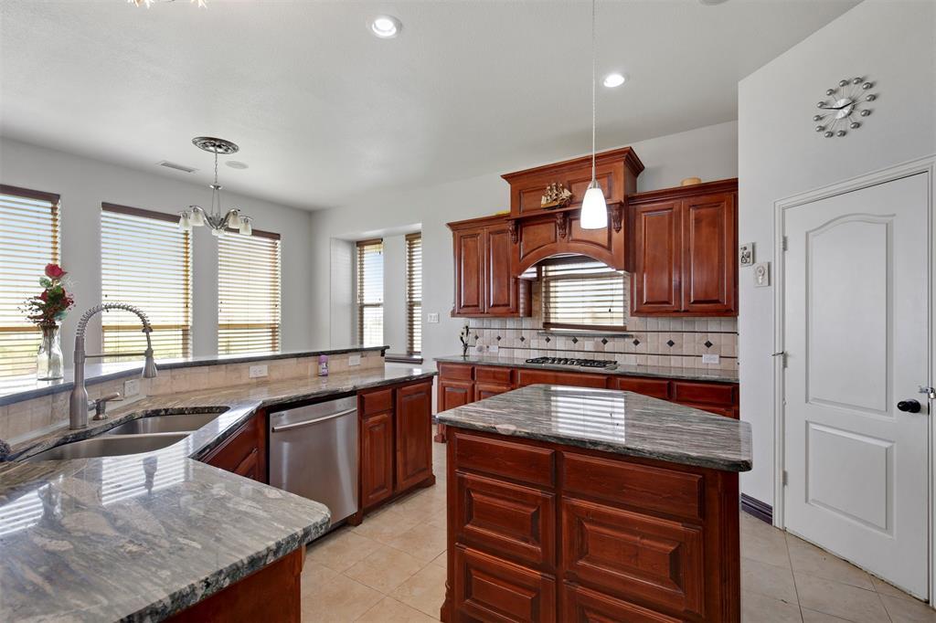4714 Alcazar  Court, Irving, Texas 75062 - acquisto real estate best luxury buyers agent in texas shana acquisto inheritance realtor