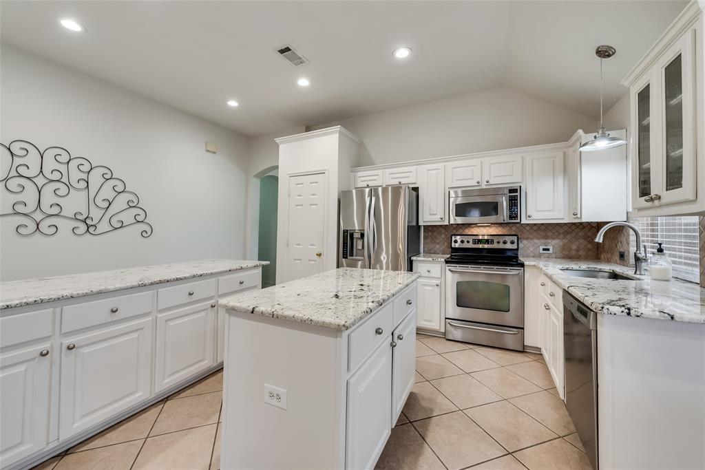 808 Amber  Court, Allen, Texas 75002 - acquisto real estate best investor home specialist mike shepherd relocation expert