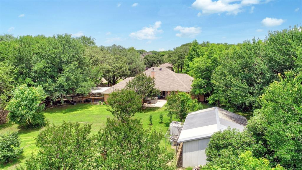 201 Chaparral  Drive, Granbury, Texas 76049 - acquisto real estate agent of the year mike shepherd