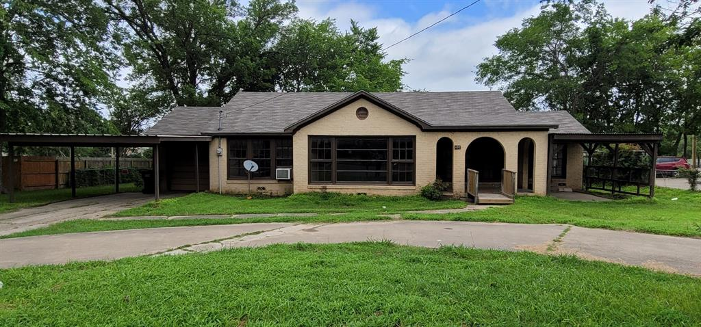401 Pine  Street, Edgewood, Texas 75117 - Acquisto Real Estate best plano realtor mike Shepherd home owners association expert