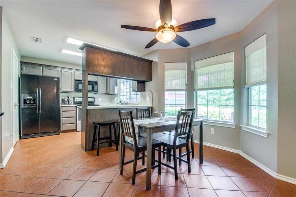 1204 Oak  Valley, Denton, Texas 76209 - acquisto real estate best highland park realtor amy gasperini fast real estate service