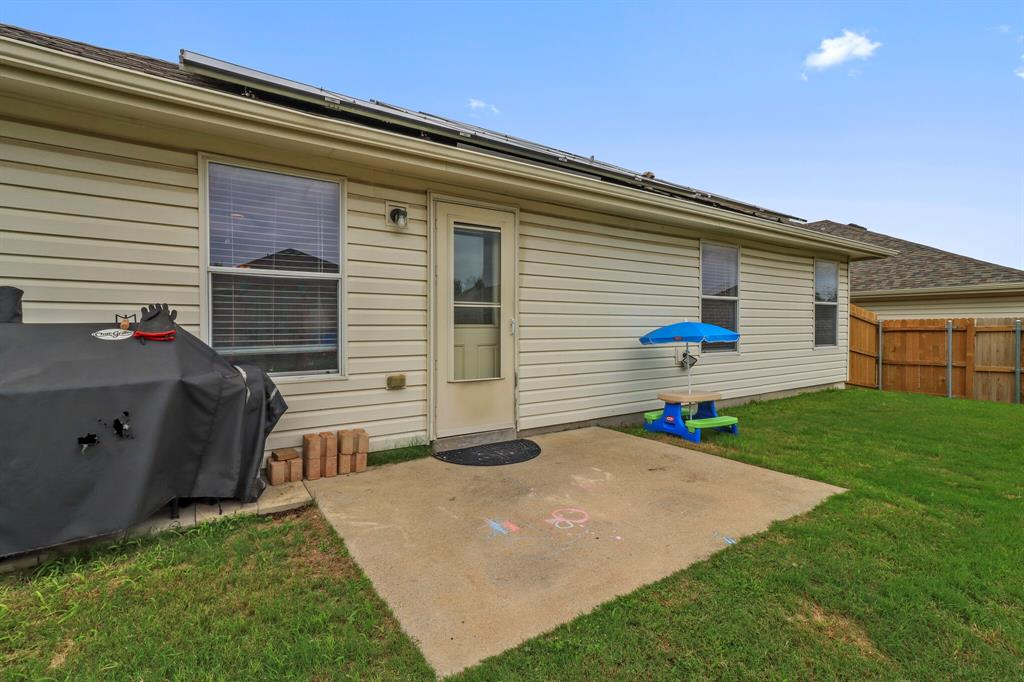813 Rio Bravo  Drive, Fort Worth, Texas 76052 - acquisto real estate best realtor dallas texas linda miller agent for cultural buyers