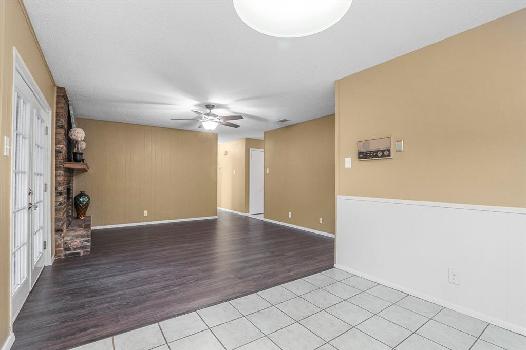 800 Prestwick  Street, Bedford, Texas 76022 - acquisto real estaet best boutique real estate firm in texas for high net worth sellers