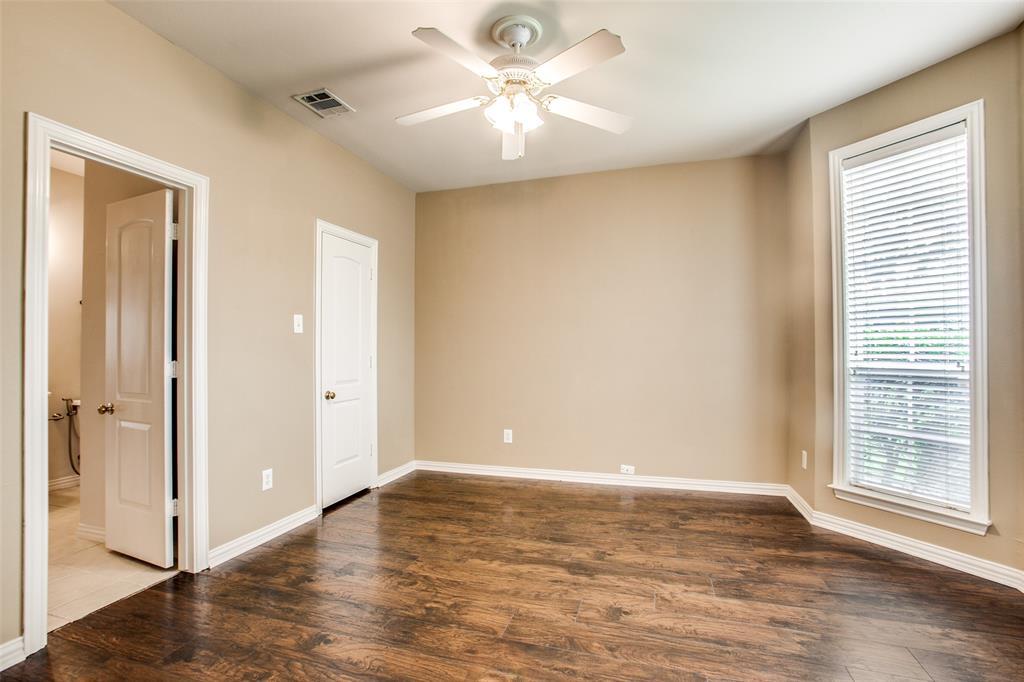 2204 Mesa Oak  Trail, Plano, Texas 75025 - acquisto real estate best realtor foreclosure real estate mike shepeherd walnut grove realtor