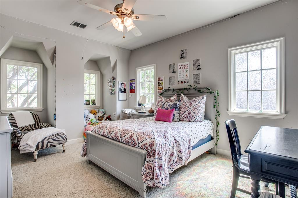 5746 Llano  Avenue, Dallas, Texas 75206 - acquisto real estate best realtor dallas texas linda miller agent for cultural buyers