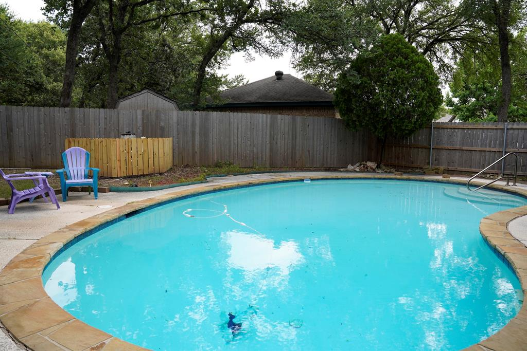7312 Forrest  Court, North Richland Hills, Texas 76182 - acquisto real estate best realtor dfw jody daley liberty high school realtor