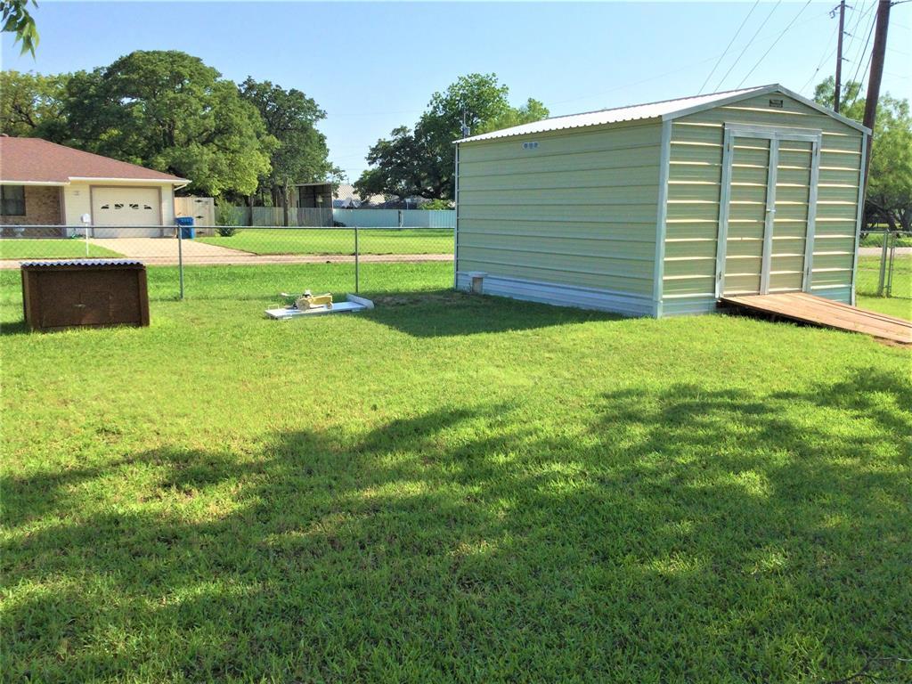 532 Ridgeway  Street, Clyde, Texas 79510 - acquisto real estate best designer and realtor hannah ewing kind realtor