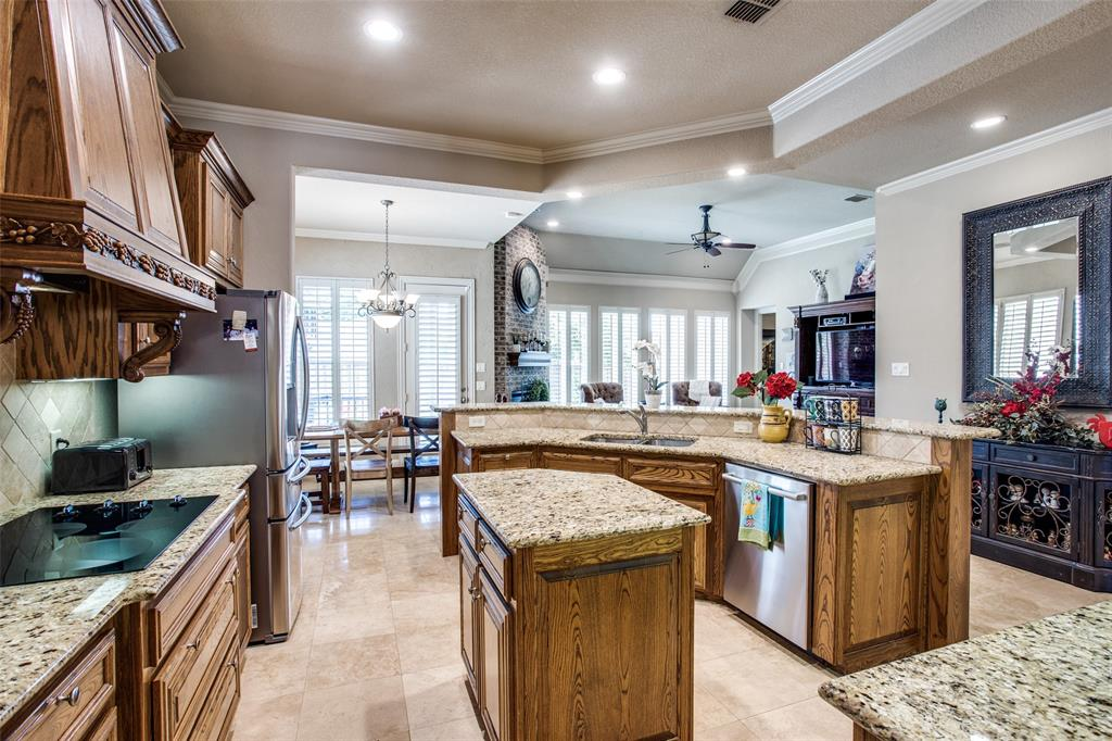 5902 St Ives  Court, Arlington, Texas 76017 - acquisto real estate best highland park realtor amy gasperini fast real estate service