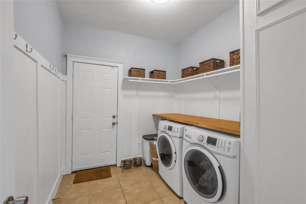 810 Elsbeth  Street, Dallas, Texas 75208 - acquisto real estate best listing listing agent in texas shana acquisto rich person realtor