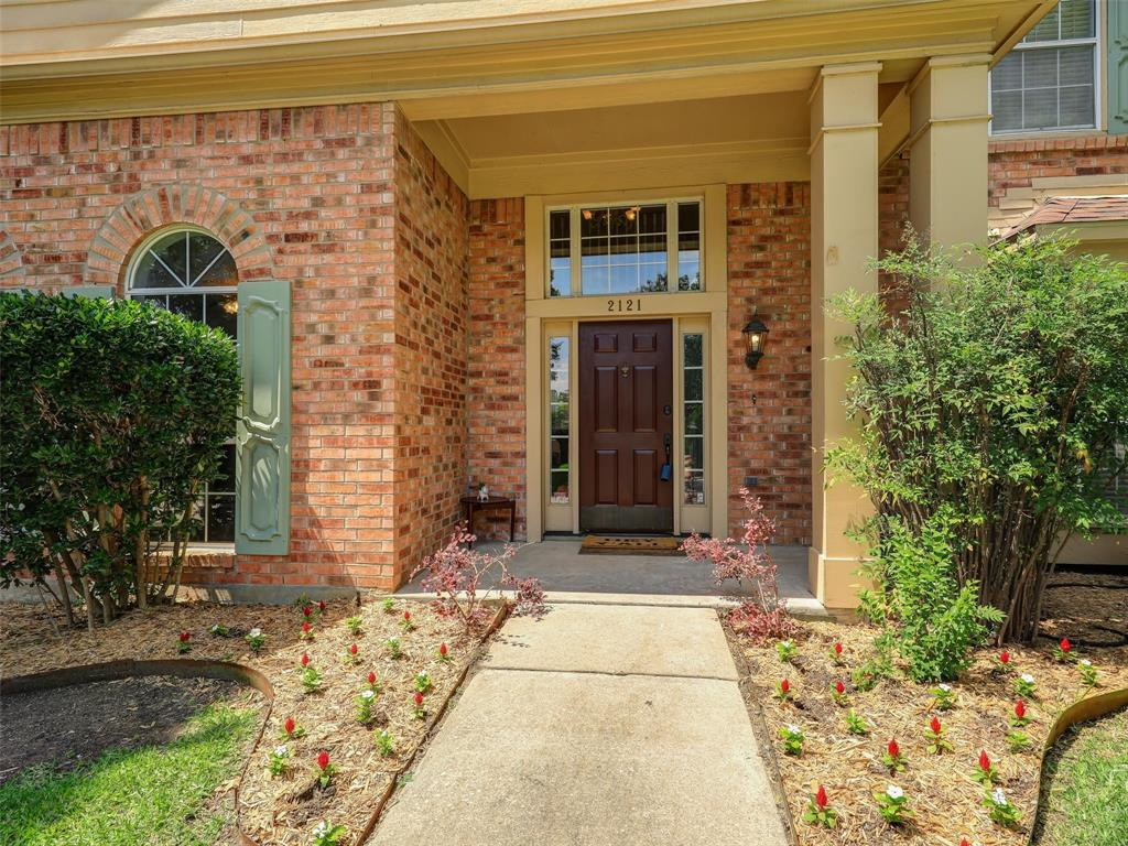 2121 Lansdown  Drive, Carrollton, Texas 75010 - acquisto real estate best allen realtor kim miller hunters creek expert