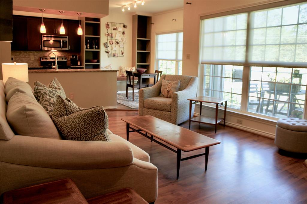7151 Gaston  Avenue, Dallas, Texas 75214 - Acquisto Real Estate best frisco realtor Amy Gasperini 1031 exchange expert