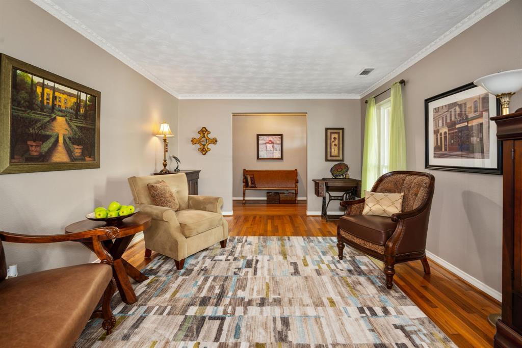 9525 Spring Branch  Drive, Dallas, Texas 75238 - acquisto real estate best the colony realtor linda miller the bridges real estate