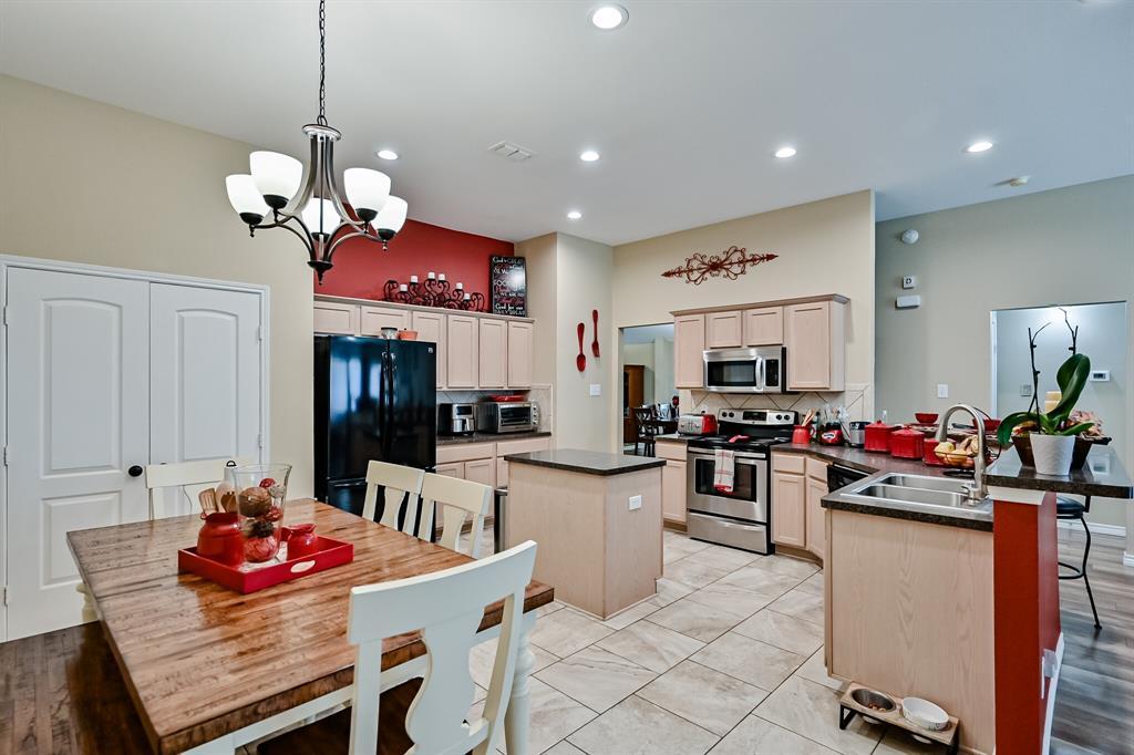 7002 Snowy Owl  Street, Arlington, Texas 76002 - acquisto real estate best photo company frisco 3d listings