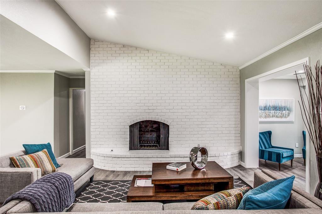 10905 Damon  Lane, Dallas, Texas 75229 - acquisto real estate best celina realtor logan lawrence best dressed realtor