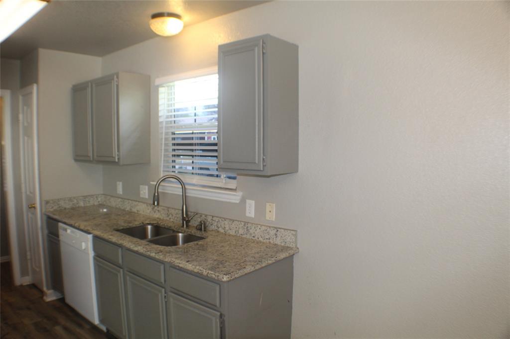 1132 Alvarado  Street, Cleburne, Texas 76031 - acquisto real estate best the colony realtor linda miller the bridges real estate