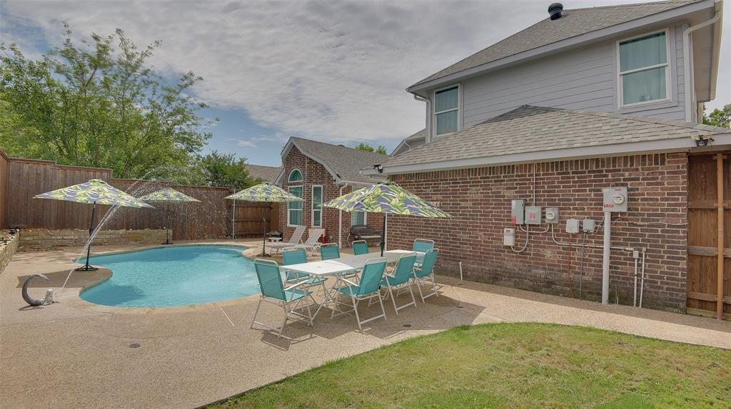 135 Sherwood  Drive, Murphy, Texas 75094 - acquisto real estate best designer and realtor hannah ewing kind realtor