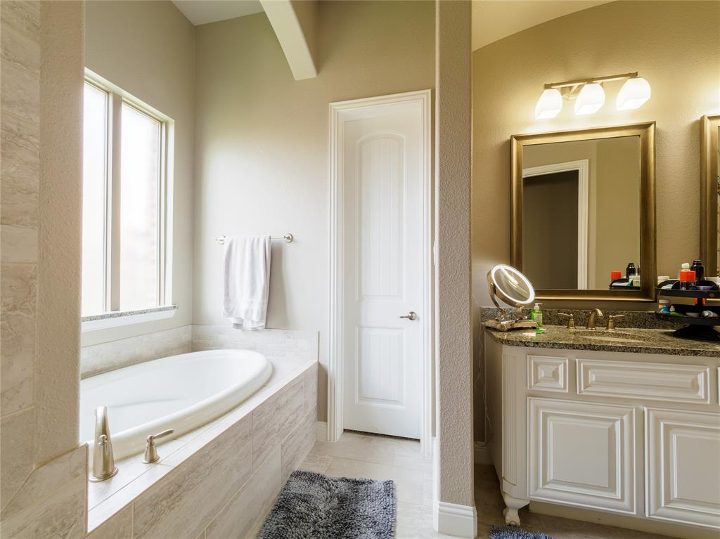 1120 Circle J  Trail, Prosper, Texas 75078 - acquisto real estate best realtor foreclosure real estate mike shepeherd walnut grove realtor