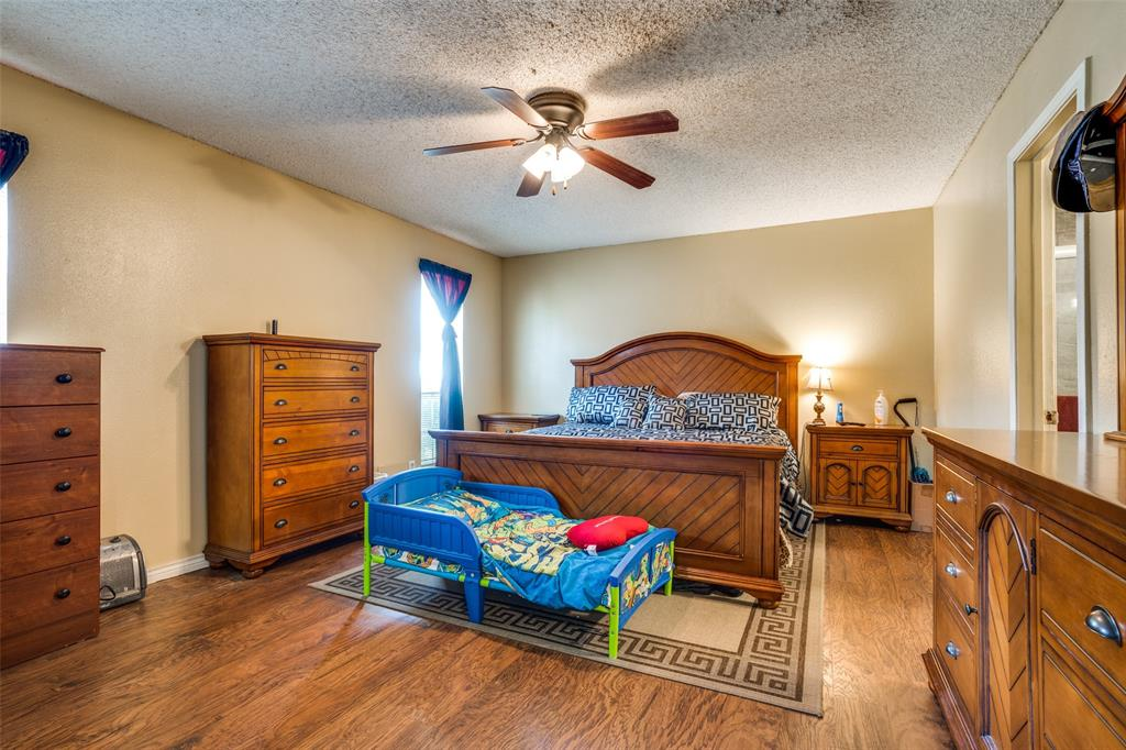 3016 Eastland  Avenue, Greenville, Texas 75402 - acquisto real estate best listing listing agent in texas shana acquisto rich person realtor