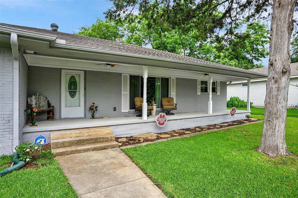 205 Broadway  Street, Whitesboro, Texas 76273 - acquisto real estate best the colony realtor linda miller the bridges real estate