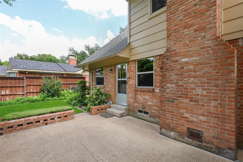 9525 Brentgate  Drive, Dallas, Texas 75238 - acquisto real estate nicest realtor in america shana acquisto