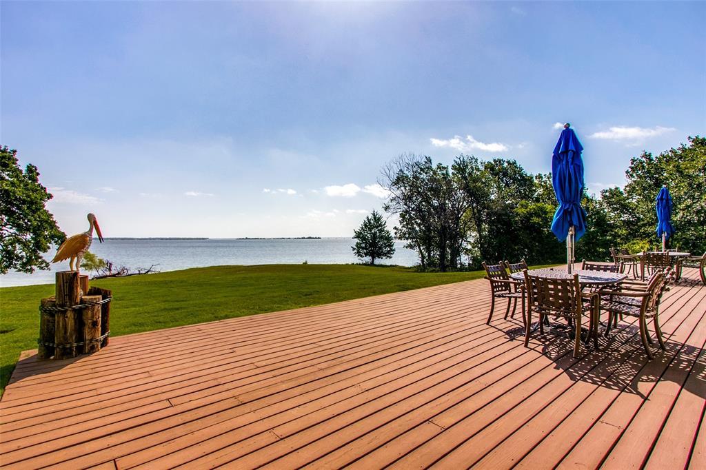 500 Waters Edge  Drive, Lake Dallas, Texas 75065 - acquisto real estate best negotiating realtor linda miller declutter realtor