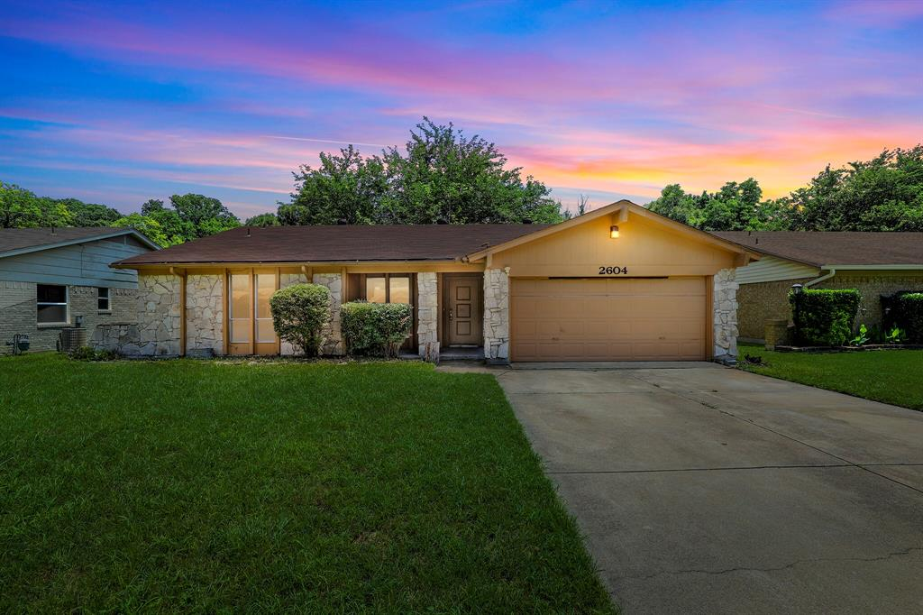 2604 Quail  Valley, Irving, Texas 75060 - Acquisto Real Estate best plano realtor mike Shepherd home owners association expert