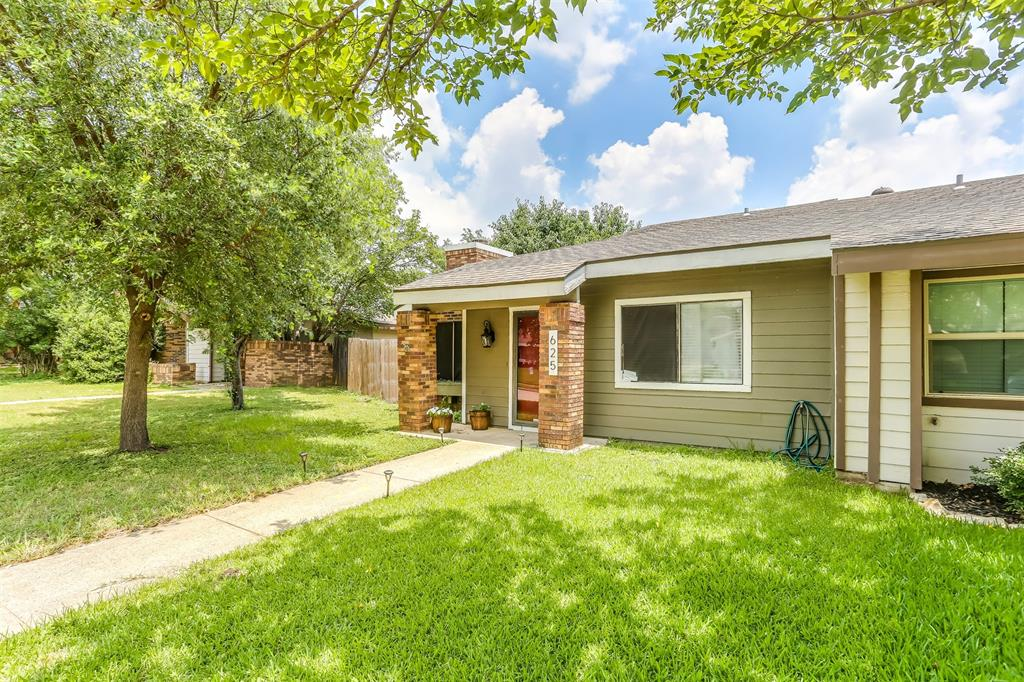 625 Hunters Glen  Street, Lewisville, Texas 75067 - Acquisto Real Estate best frisco realtor Amy Gasperini 1031 exchange expert