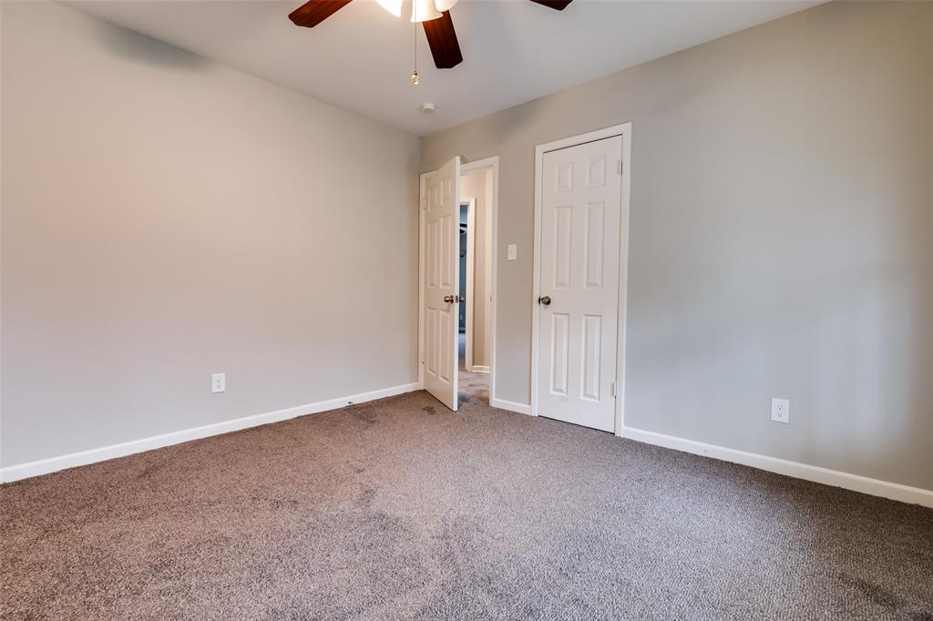 5609 Wimbleton  Way, Fort Worth, Texas 76133 - acquisto real estate best realtor foreclosure real estate mike shepeherd walnut grove realtor