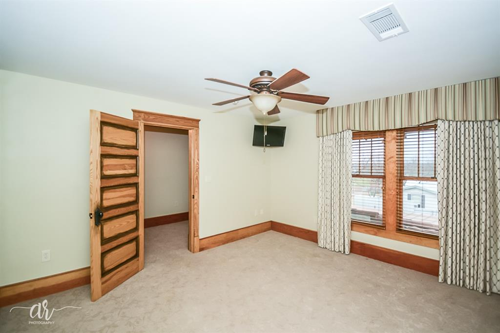 1301 Mulberry  Eastland, Texas 76448 - acquisto real estate best realtor foreclosure real estate mike shepeherd walnut grove realtor