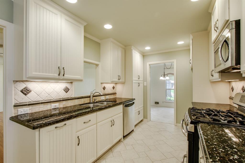 1234 Glen Cove  Drive, Richardson, Texas 75080 - acquisto real estate best style realtor kim miller best real estate reviews dfw