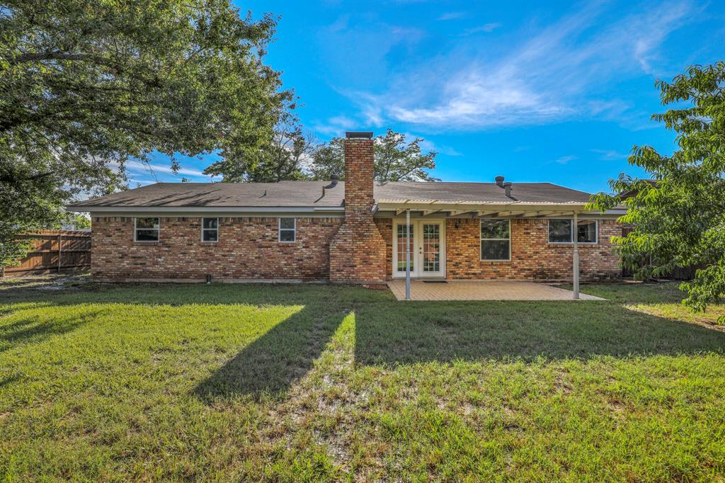 800 Prestwick  Street, Bedford, Texas 76022 - acquisto real estate best real estate idx dilusso marketing mike acquisto