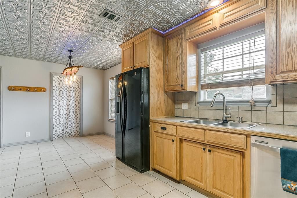1107 6th  Street, Springtown, Texas 76082 - acquisto real estate best new home sales realtor linda miller executor real estate