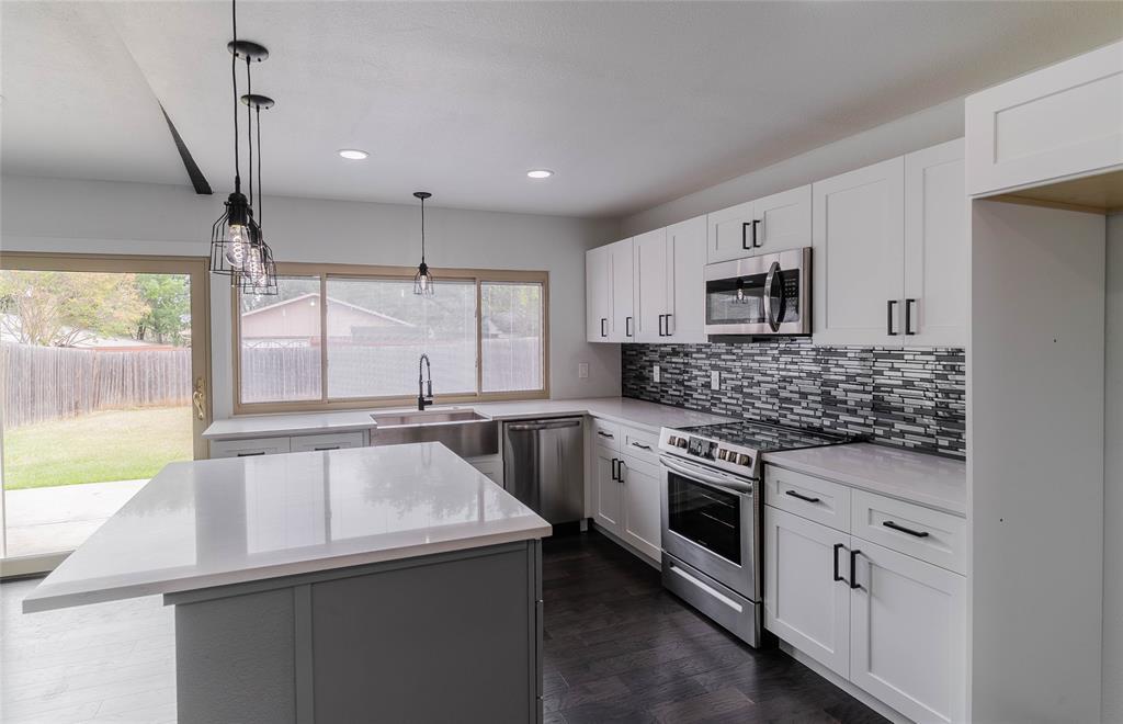 8601 Grumman  Drive, Dallas, Texas 75228 - acquisto real estate best real estate company in frisco texas real estate showings