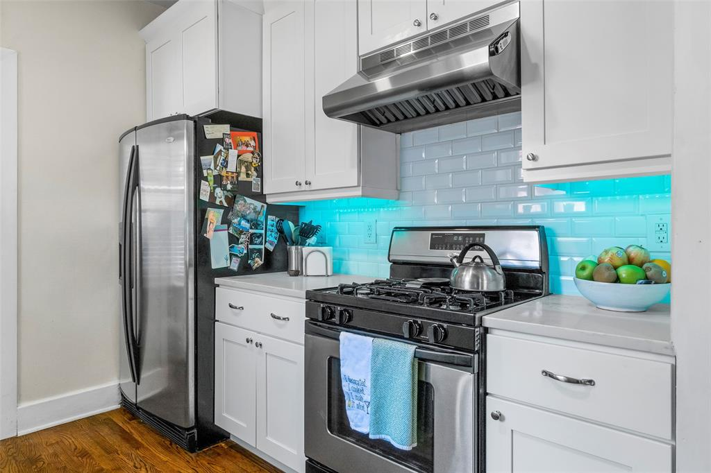 703 Valencia  Street, Dallas, Texas 75223 - acquisto real estate best real estate company to work for