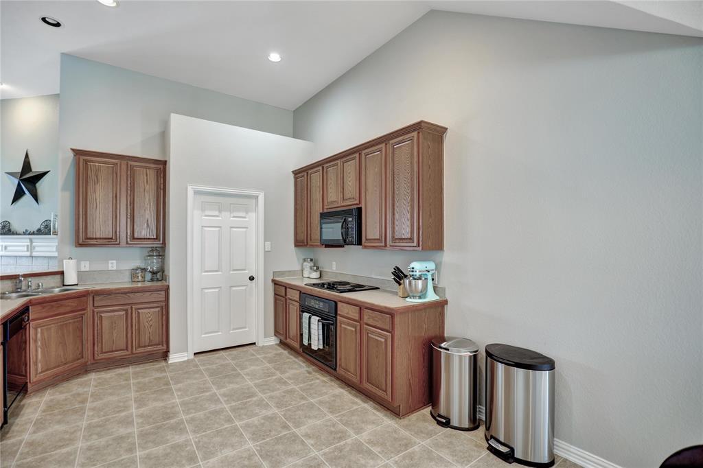 2537 Dunbar  Drive, McKinney, Texas 75072 - acquisto real estate best designer and realtor hannah ewing kind realtor