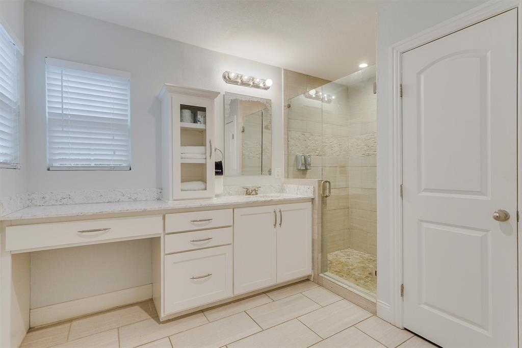 2423 Wentworth  Street, Dallas, Texas 75211 - acquisto real estate best realtor westlake susan cancemi kind realtor of the year