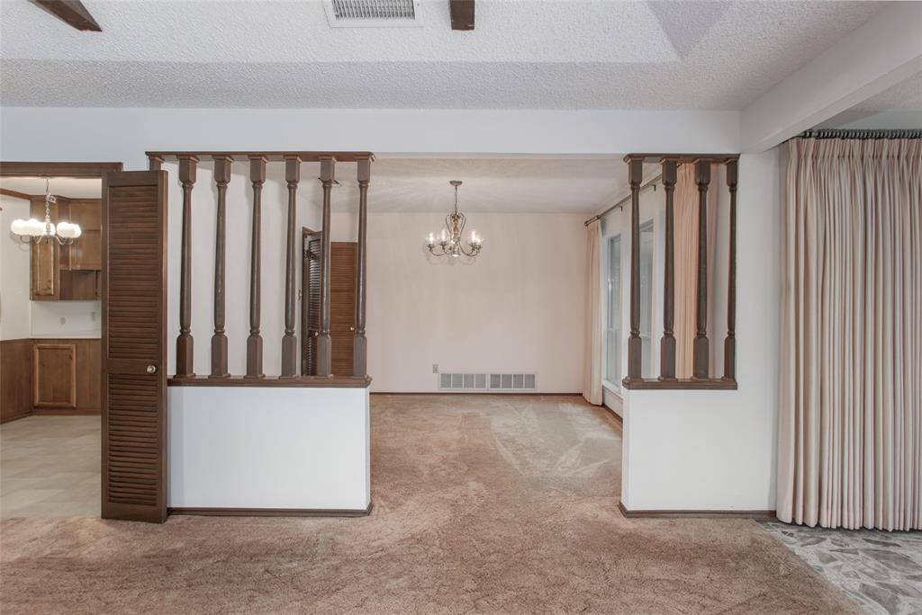 1513 Northcrest  Court, Fort Worth, Texas 76107 - acquisto real estate best real estate company to work for
