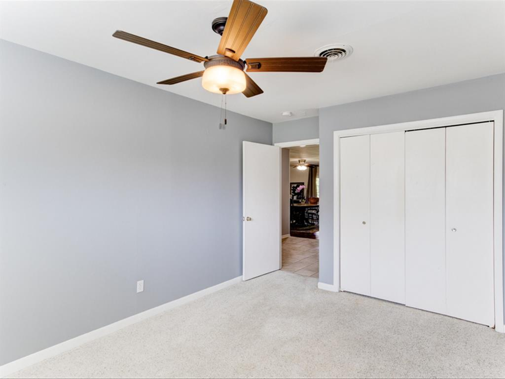 5621 Wedgworth  Road, Fort Worth, Texas 76133 - acquisto real estate best listing photos hannah ewing mckinney real estate expert