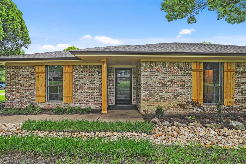 114 Starlite  Drive, Murphy, Texas 75094 - acquisto real estate best celina realtor logan lawrence best dressed realtor