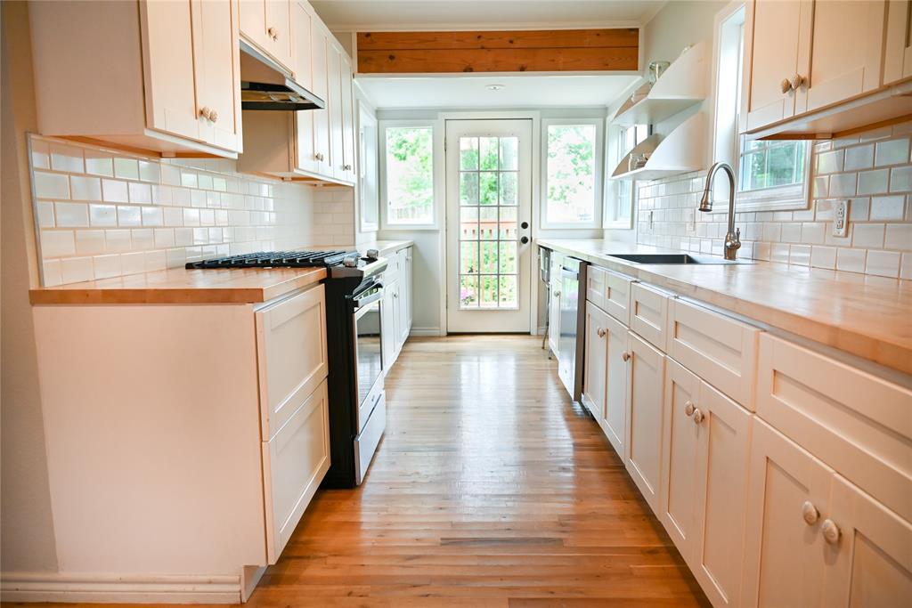 136 Umphress  Street, Van Alstyne, Texas 75495 - acquisto real estate best listing listing agent in texas shana acquisto rich person realtor