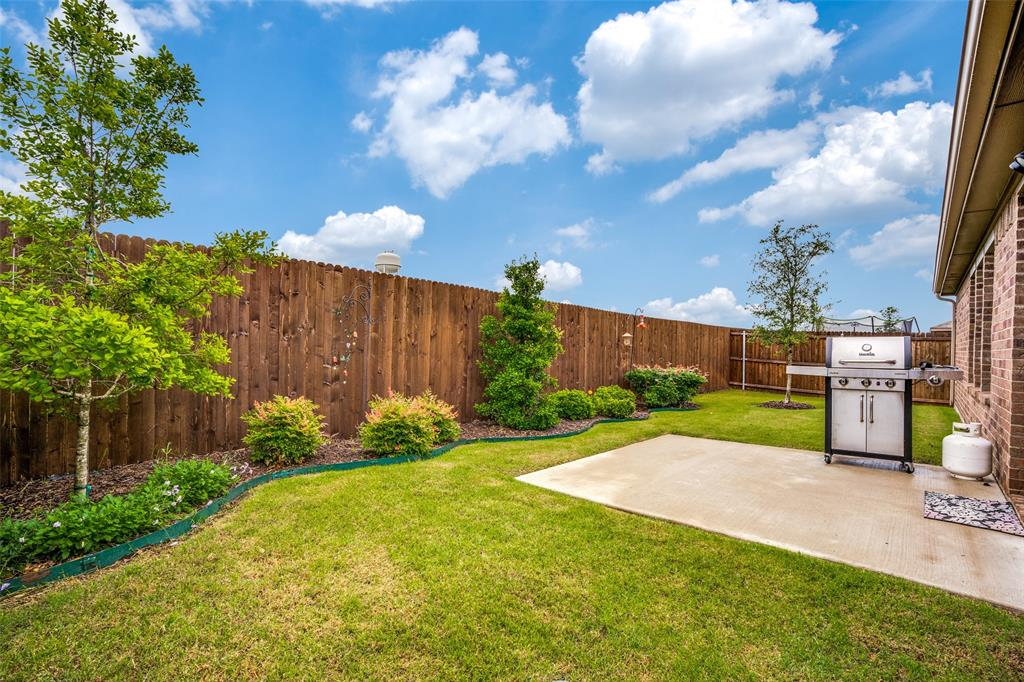 1705 Princeton  Avenue, Farmersville, Texas 75442 - acquisto real estate best prosper realtor susan cancemi windfarms realtor