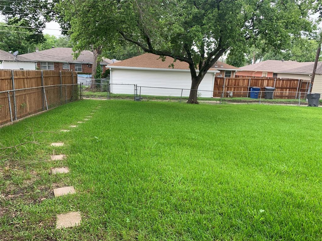 2803 Lockhart  Avenue, Dallas, Texas 75228 - acquisto real estate best highland park realtor amy gasperini fast real estate service