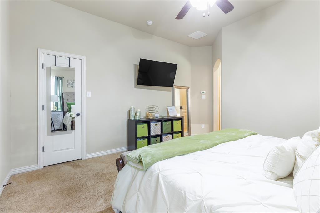 729 Sendero  Drive, Arlington, Texas 76002 - acquisto real estate best designer and realtor hannah ewing kind realtor