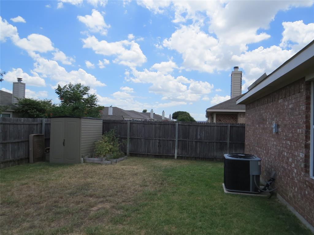 8436 Prairie Fire  Drive, Fort Worth, Texas 76131 - acquisto real estate best investor home specialist mike shepherd relocation expert