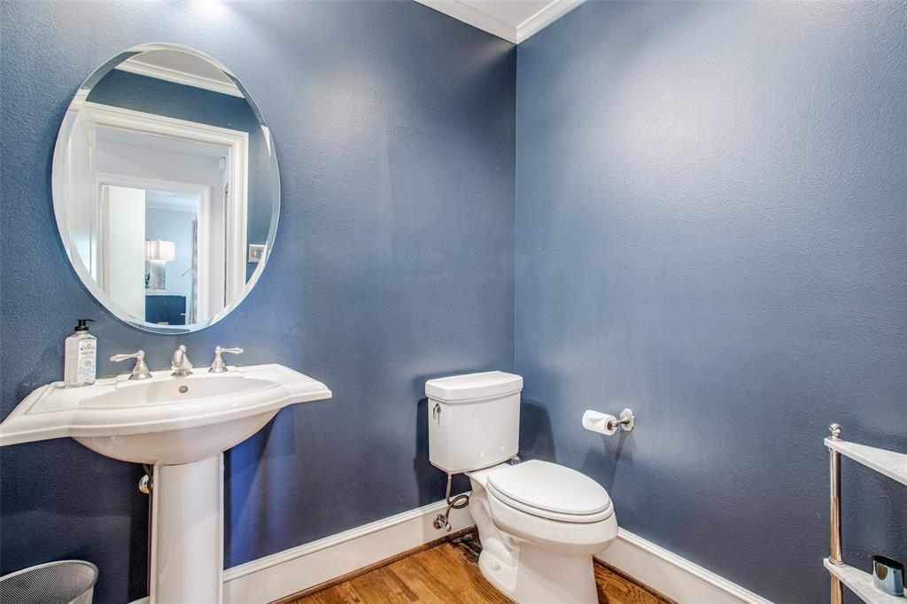 5746 Llano  Avenue, Dallas, Texas 75206 - acquisto real estate best realtor foreclosure real estate mike shepeherd walnut grove realtor