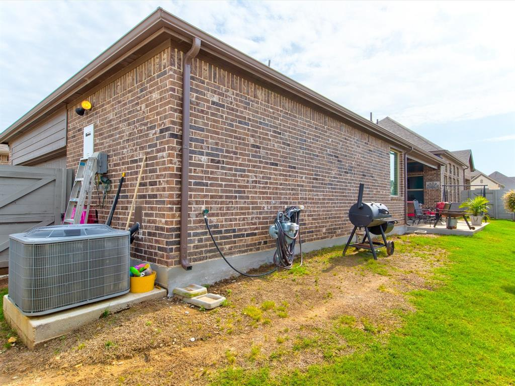 940 Parkside  Drive, Argyle, Texas 76226 - acquisto real estate best real estate follow up system katy mcgillen